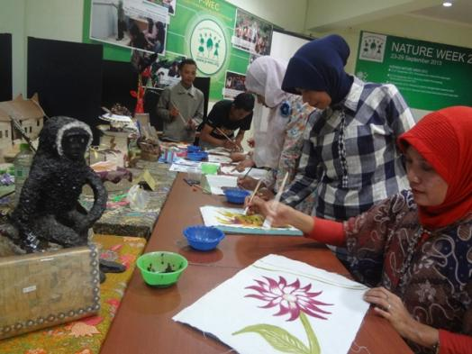 Workshop on Drawing with Natural Paints
